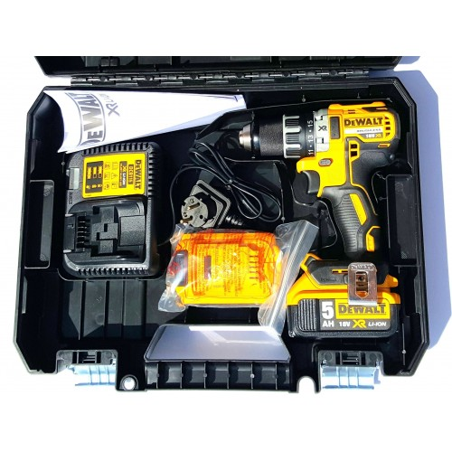 dewalt dcd791p2 perceuse visseuse 18v 2 batteries 5ah. Black Bedroom Furniture Sets. Home Design Ideas